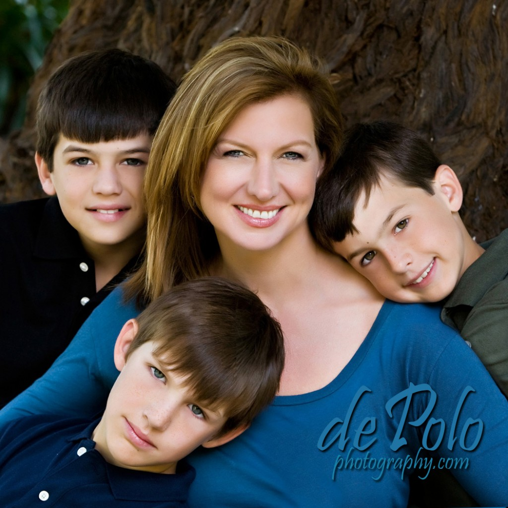 WHY WAIT FOR THE PERFECT TIME SCHEDULE YOUR FAMILY PORTRAIT NOW